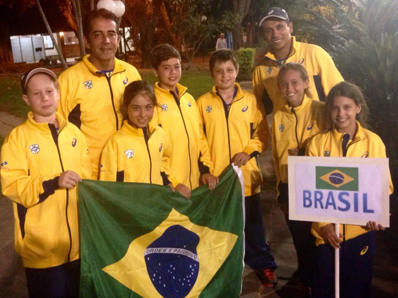 Delegação do Brasil 12 anos